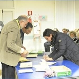 Consegna diplomi ai partecipanti al corso di Farra di Soligo